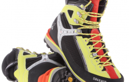 Salewa Women's Raven Combi GTX Hiking Boot Review